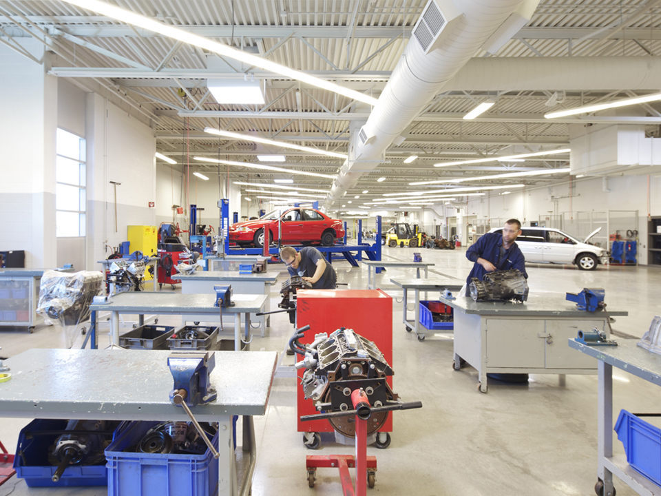 Fanshawe College Centre Of Applied Transportation Technology D Grant Construction Limited