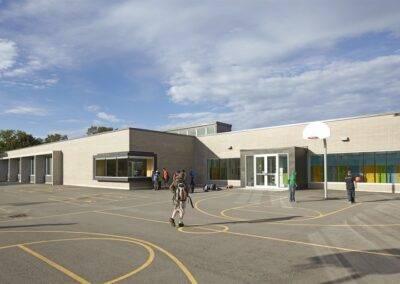Avenue Road Public School